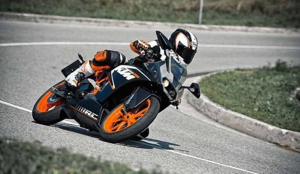 KTM RC 200 first ride