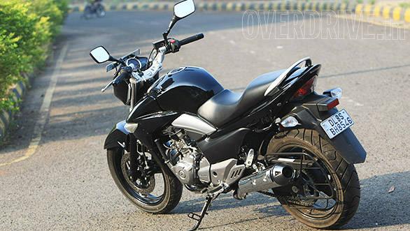 Suzuki Inazuma GW250 (14)