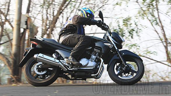 Suzuki Inazuma GW250 (9)