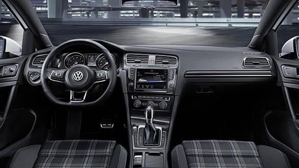 Volkswagen-Golf-GTE_10
