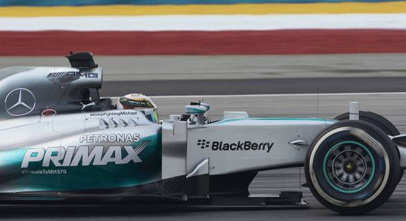 F1 2014: Mercedes tops Friday Free Practice sessions at Sepang
