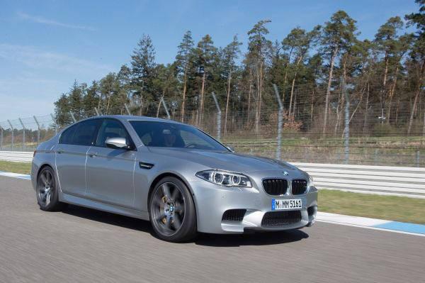 BMW M5 (1)