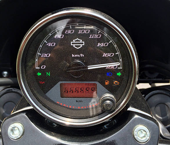 Harley-Davidson-Street-750-(3)