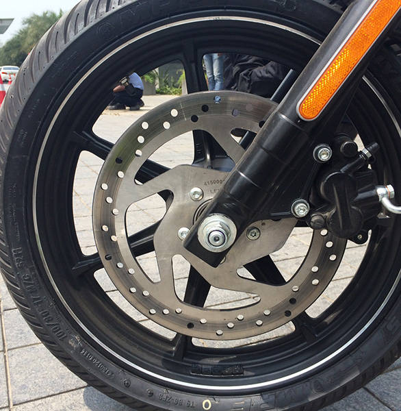 Harley-Davidson-Street-750-(5)