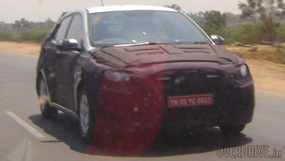Spied: 2015 Hyundai i20 spotted testing in India