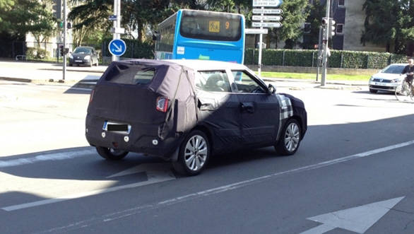 Ssangyong-XLV-spied-France-rear