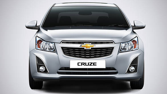 2014 Chevrolet Cruze facelift launched in India at Rs 14 37
