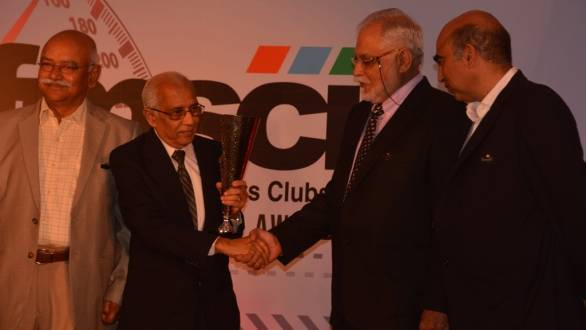 K Krishnamurthy receives the lifetime achievement award