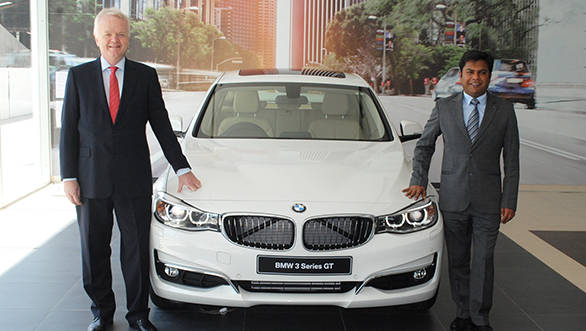 03 Mr. Philipp von Sahr President BMW Group India and Mr. Puneet Sanghi Managing Director, Sanghi Classic at the launch of Sanghi Classic Udaipur