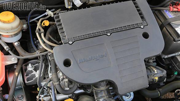 2014 Fiat Linea facelift (11)