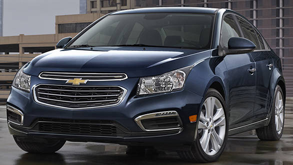 2015 Cruze compact car receives updated front fascia design and technologies including 4G LTE and Text message alerts in addition to MyLink's 7