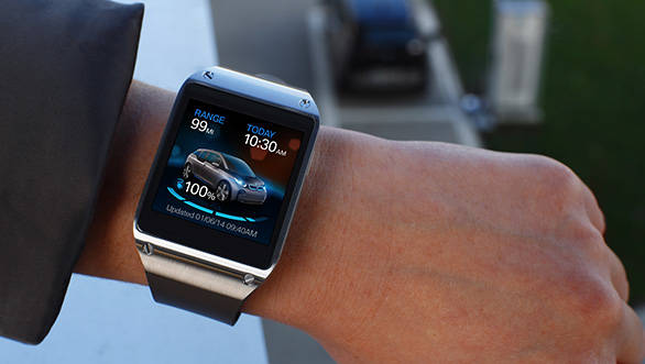 BMW-samsung-galaxy-gear-03