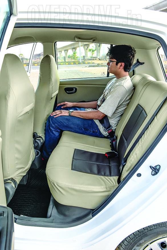 Datsun Go WagonR i10 (15)