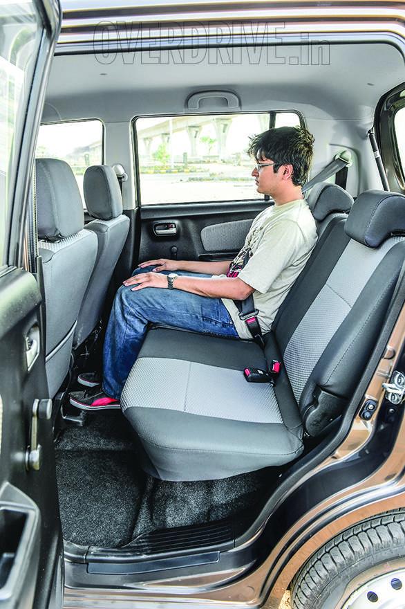 Datsun Go WagonR i10 (16)