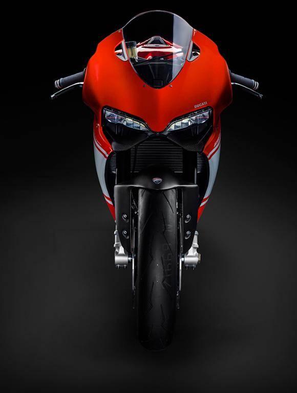 Ducati 1199 Superleggera (3)
