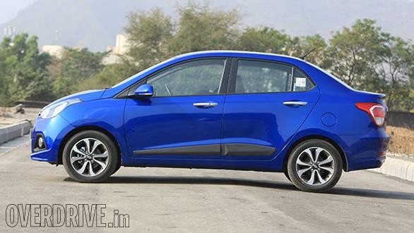 Hyundai Xcent petrol (11)