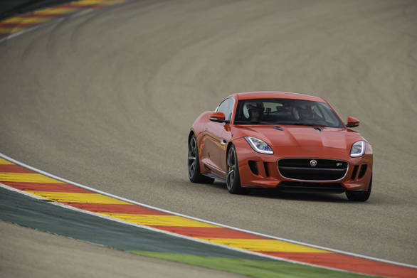 Jaguar F-type Coupe (13)