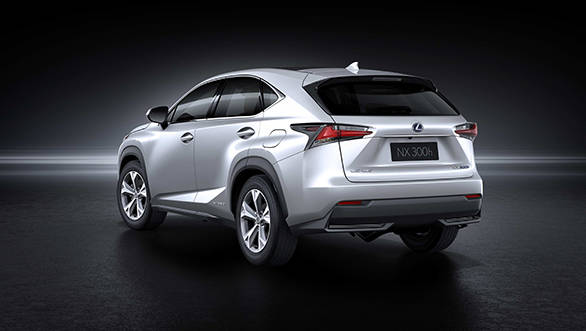 Lexus-NX 300h rear