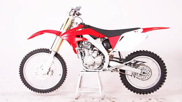 SRM D10 250A