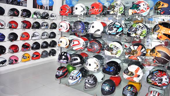 Steelbird Riderz shop (2)