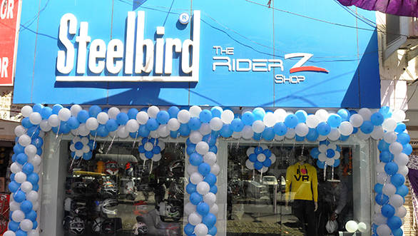 Steelbird Helmets open second RiderZ shop in Delhi