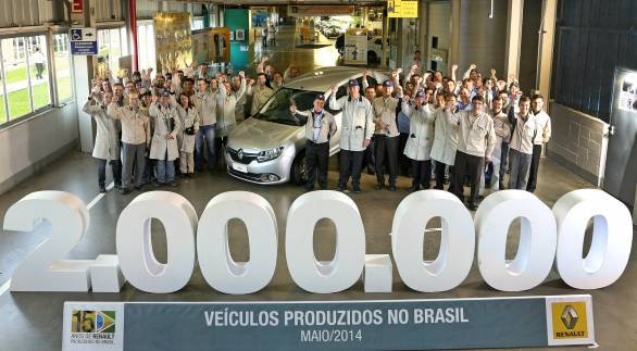 The New Logan became the 2,000,000th vehicle to be built in the complex in 15 years.