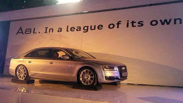 2014-Audi-A8L