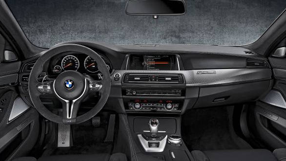 BMW M5 30th anniversary edition (3)