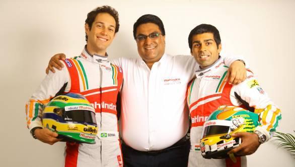 Dilbagh Gill, Team Principal Mahindra Formula E, flanked by Bruno Senna and Karun Chandhok, the team's drivers for 2014-2015