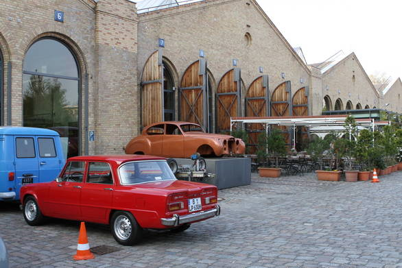 Image Gallery: Classic and vintage automobiles at the Classic Remise Berlin