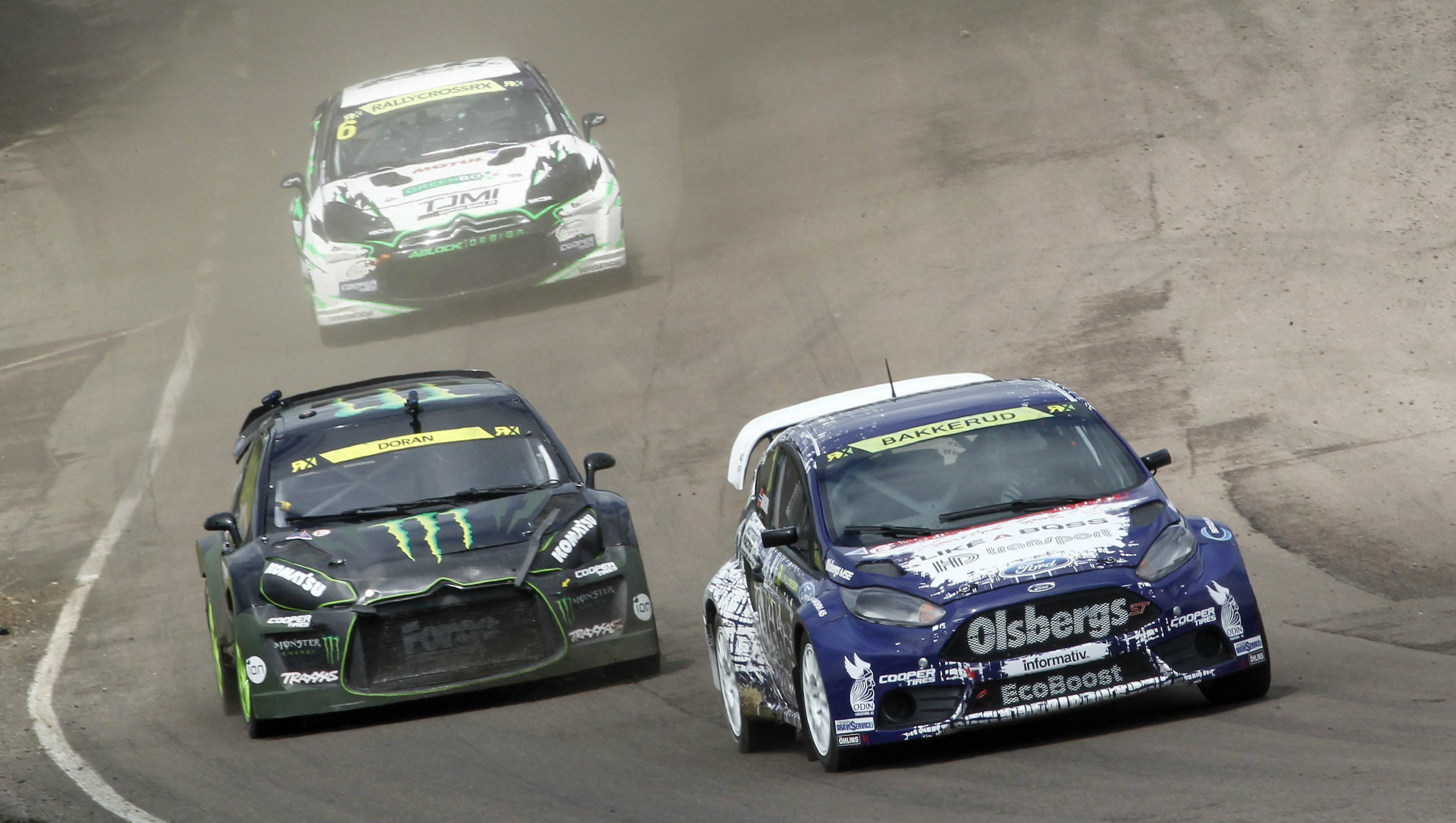 World Rallycross Championship 2014: Andreas Bakkerud steals victory at Lydden Hill
