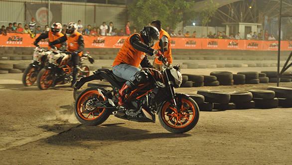 Riders riding at the 4th KTM Orange Day at Imax, Wadala on 3rd May at 6pm (2)