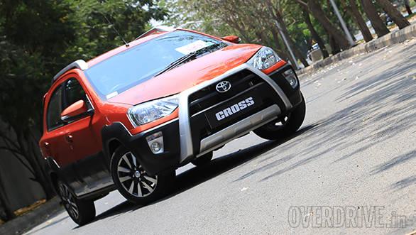 Toyota Etios Cross (7)