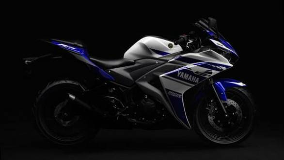 Yamaha YZF-R25 Image Gallery