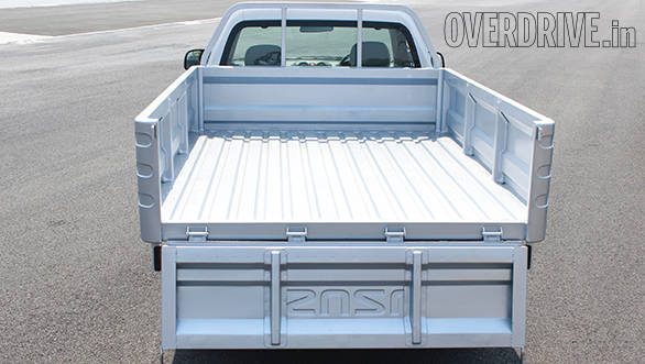 The flat-deck variant offers a wider loading bay and slightly more cargo space