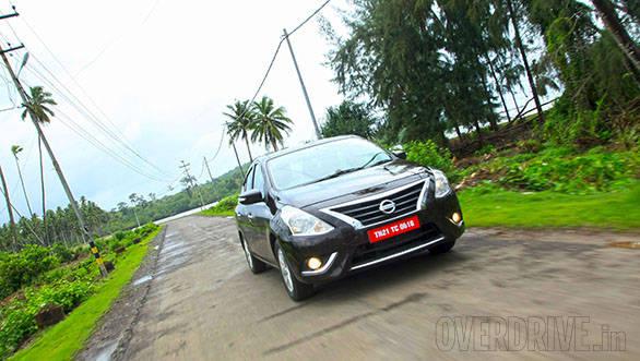 2014 Nissan Sunny (10)