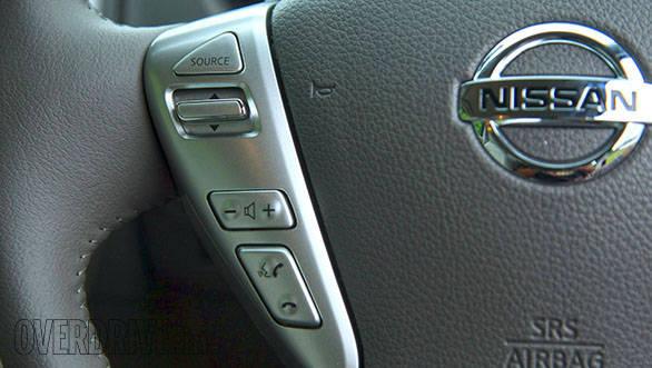 2014 Nissan Sunny (13)