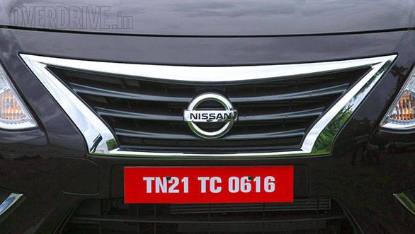 2014 Nissan Sunny (5)