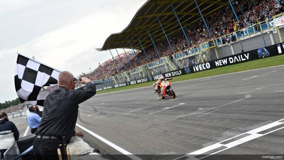 MotoGP Assen: Marquez makes it eight in a row