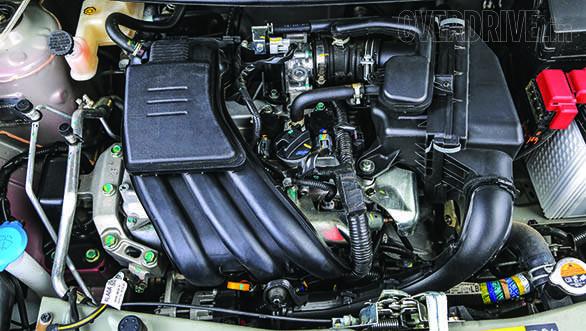 Hyundai Eon vs Datsun Go 2014 (3)