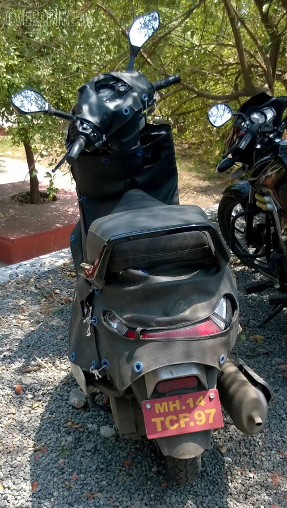 Mahindra scooter 1