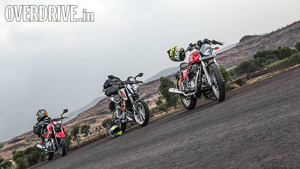 Royal Enfield Continental GT vs KTM 390 Duke vs Suzuki Inazuma (12)