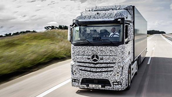 The Mercedes-Benz Future Truck 2025