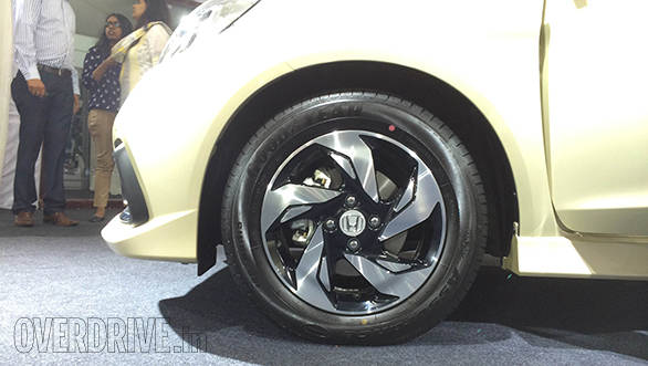 2014 Honda Mobilio RS (5)