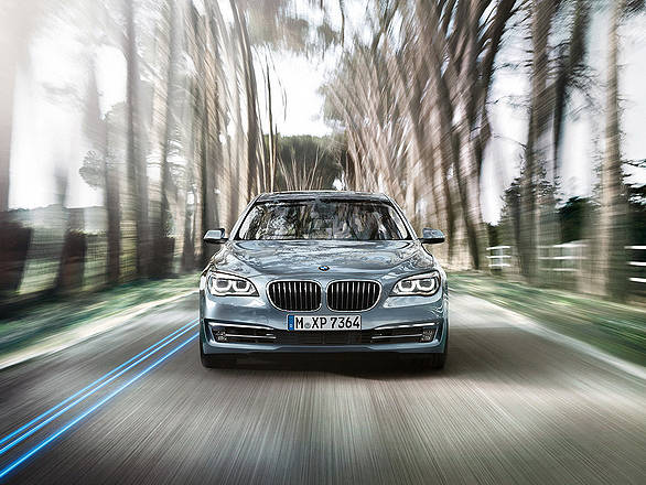 BMW-7-Series-ActiveHybrid-Wallpaper-02-1600x1200