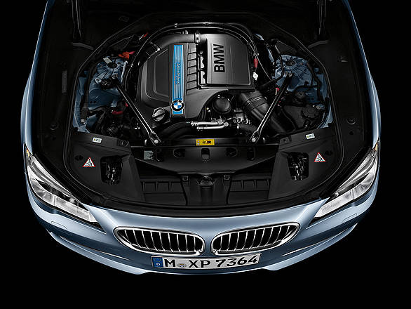 BMW-7-Series-ActiveHybrid-Wallpaper-14-1600x1200