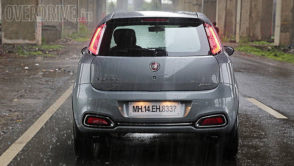 Rear end gets new Punto Evo LED taillamps that look better when the sun goes down