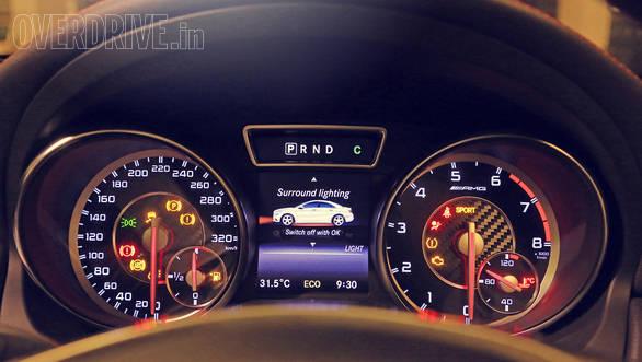 Mercedes-Benz CLA 45 AMG (11)