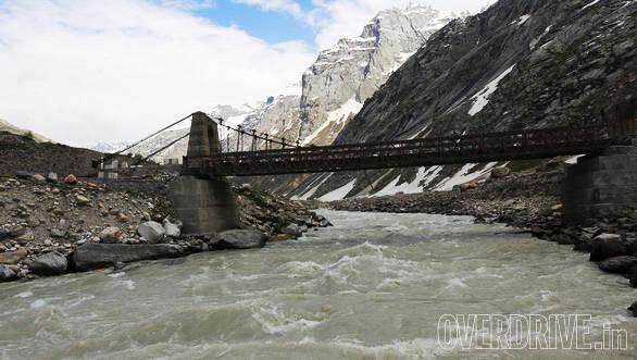 The Chandra river flows in frigid fury