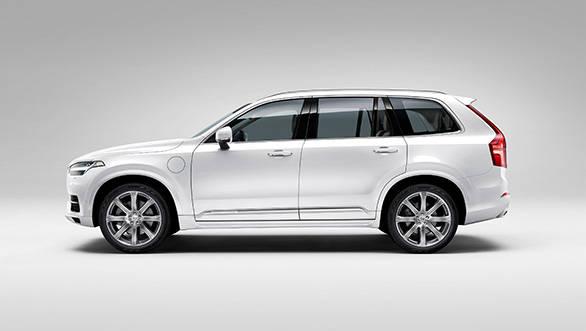 2015-Volvo-XC90-(7)